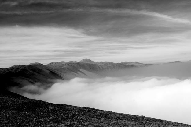 AA-Wandering-Above-a-Sea-of-Fog-01
